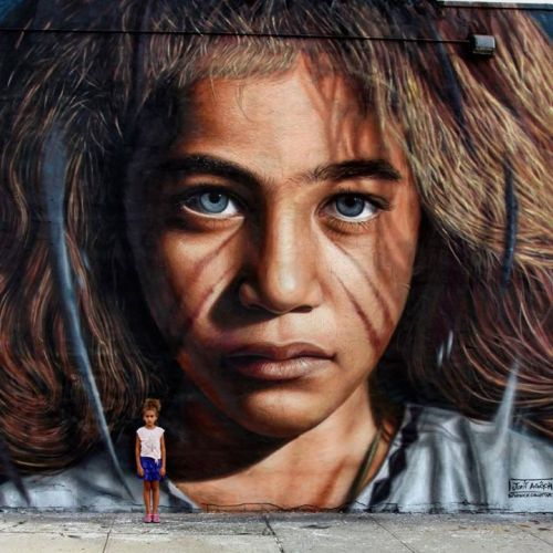 humanslikeme:  Beautiful piece by Jorit AGOch