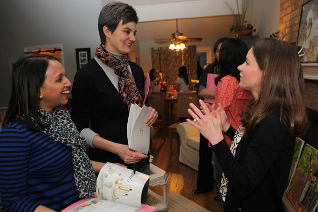 Votre Vu Brand Ambassador, Amanda Hines, explains the products - Photographed by Julie Linnekin