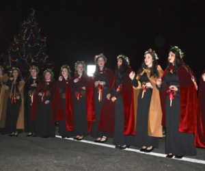 Barrington High School Madrigal Choir Performs
