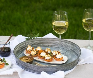 Heinen's 4PM Panic: Apricot Goat Cheese Appetizer with Sonoma & Monterey White Wines