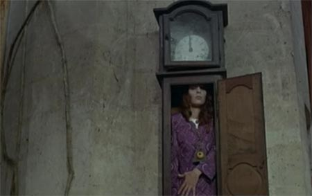 Still from Shiver of the Vampires (1971)