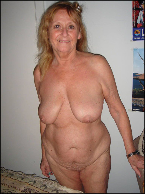 homemade saggy tits big nipples