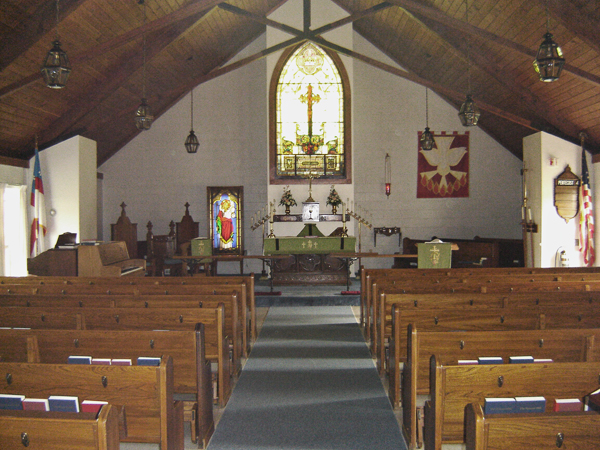 Small country church in Broad Brook CT