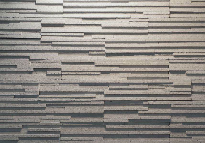 Using stone veneer to highlight unique design elements with texture