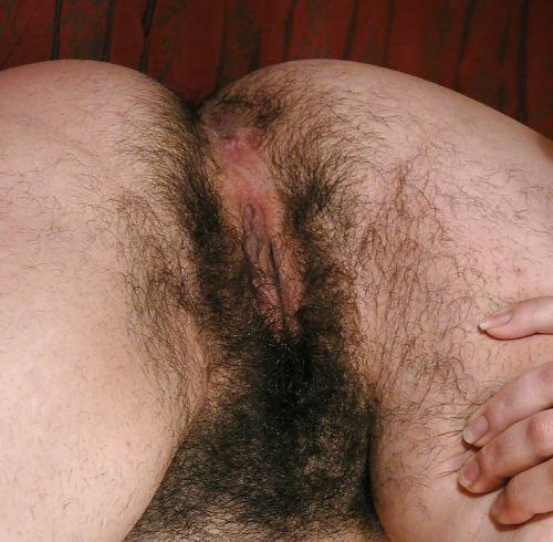 latina babe oiled naked