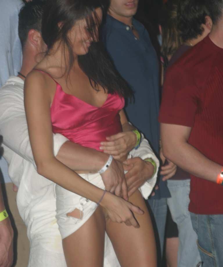 girl getting fingered nightclub