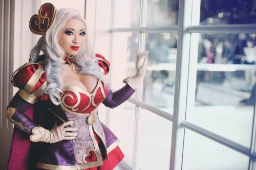 Heartseeker Ashe, by YayaHan