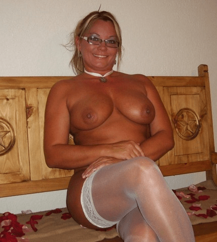 dirty naked school girl ass