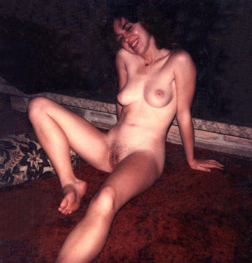 vintage polaroid wife nude
