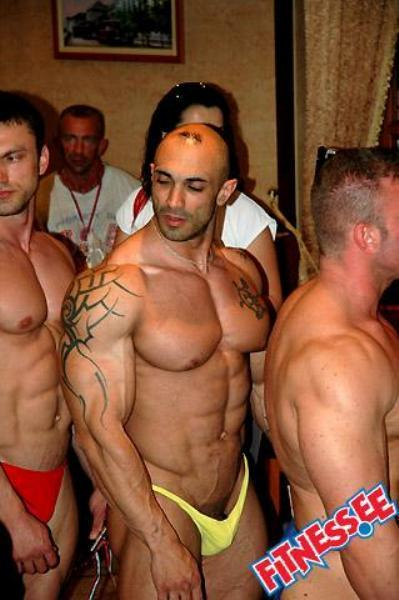 Dick Pop Out On Bodybuilders