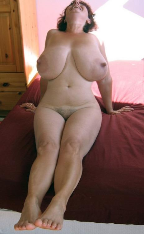 pendulous boobs   igfap