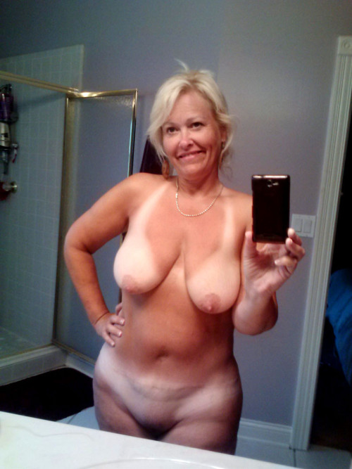 older women naked candid