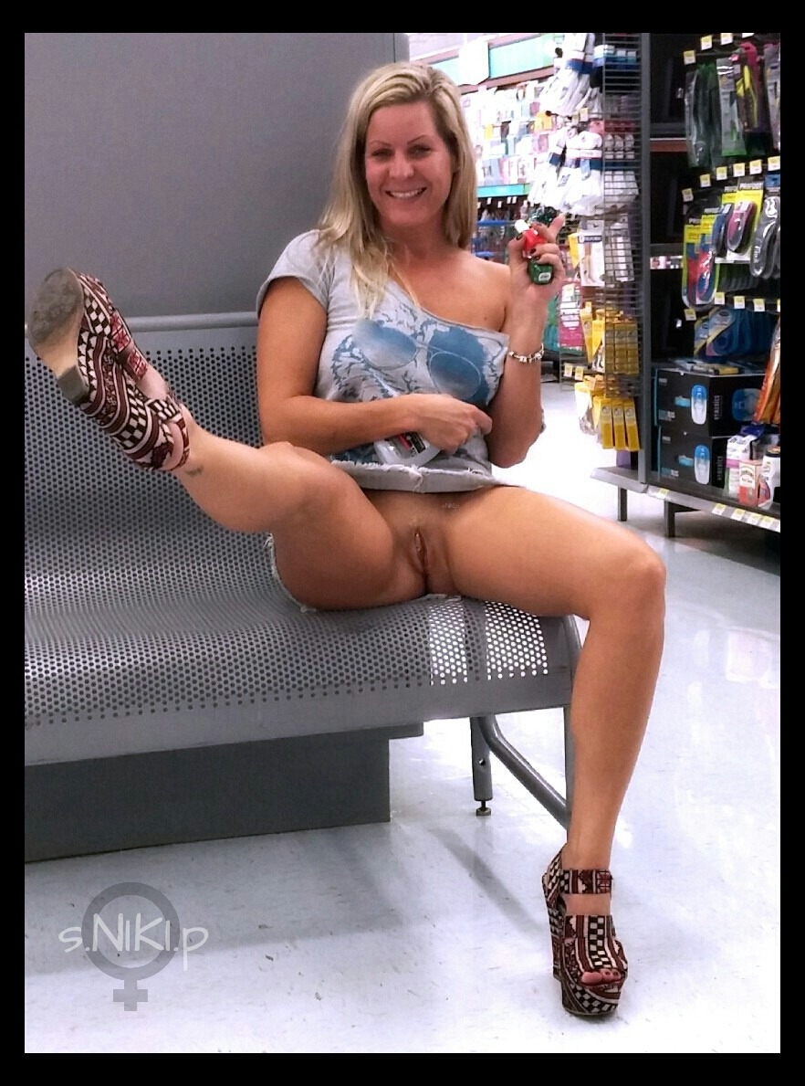 naked people at walmart uncensored