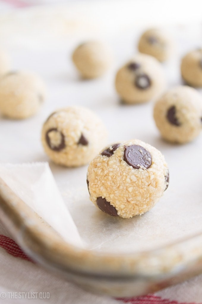 Raw Cookie Dough Balls // The Stylist Quo