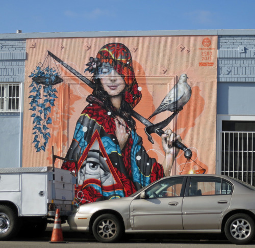 souplaws:  Tristan Eaton and Esao (2015) by pliffgrieff Via Flickr: James M. Wood Blvd E. of Carondelet, Los Angeles