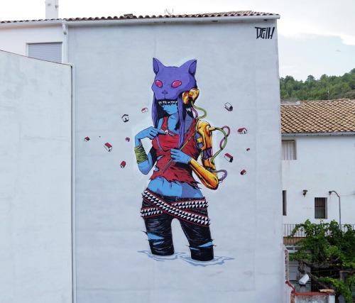 humanslikeme:  DEIH paints a new piece in Fanzara, Spain