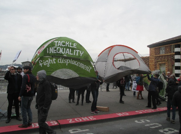 No tents on the ground, so the activists had to pick them up