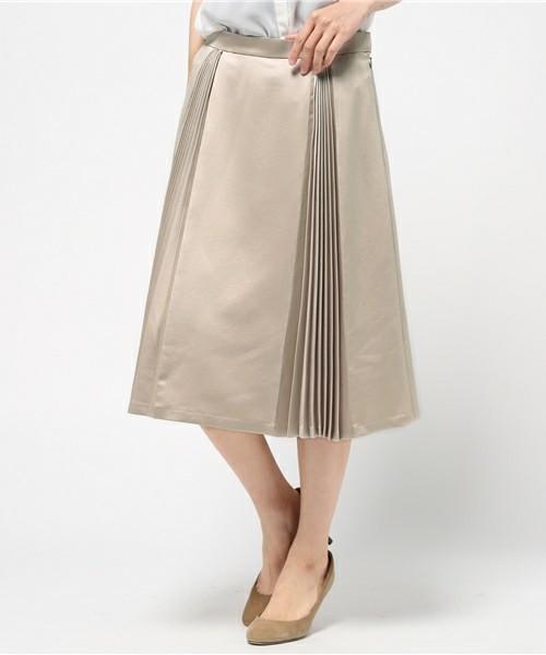 履くだけでカワイイ♡春にはきたい「プリーツスカート」その6