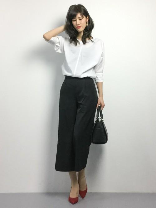オンナ度UP♡白シャツ大人コーデ④ ガウチョパンツ