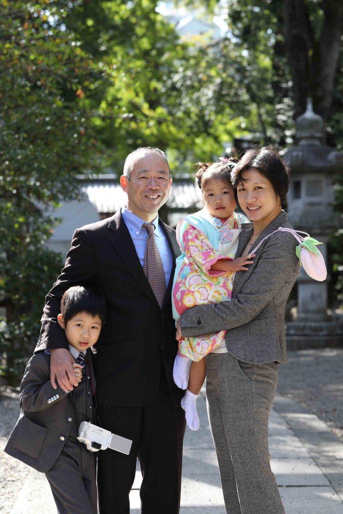田無神社七五三家族写真
