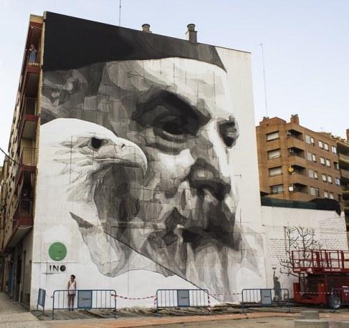 streetartglobal:  Beautiful large work by @inoexpo#globalstreetart #zaragoza #mural #eagle #facehttp://globalstreetart.com/ino https://www.instagram.com/p/BLOp3rSDYs3/