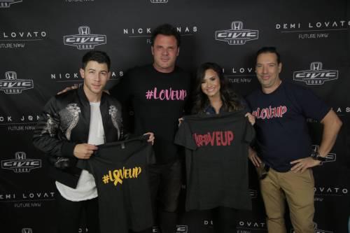 dlovato-news: September 16: Demi Lovato and Nick Jonas at