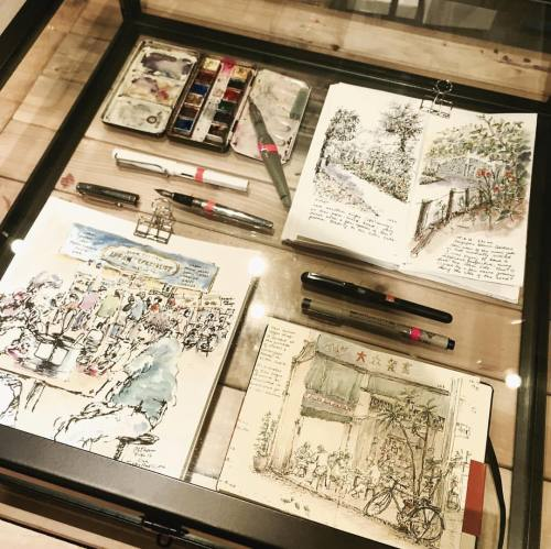 Watercolor journal on display at Overjoyed Singapore Art Store. This place is tiny but they have all the supplies you need for TN, fountain pen inks and calligraphy! It's a gem..