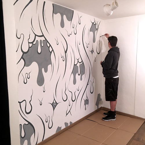 bizarrebeyondbelief:  Brilliant new work by @buffmonster currently on display at Galo Art Gallery in Italy.More here: http://wp.me/p2dpFM-3
