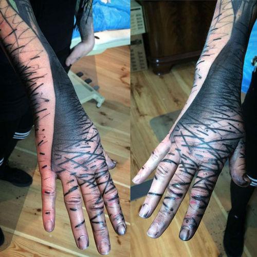 thievinggenius:  Tattoos done by Sven Groenewald.