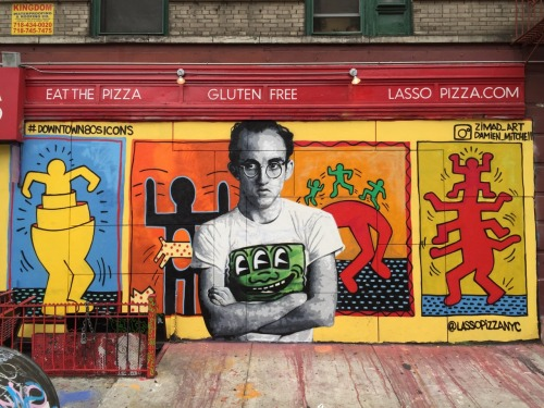 impermanent-art:  Tribute to Keith Haring by Damien Mitchell and Zimad. Nolita, New York.