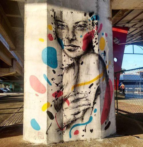streetartglobal:  Beautiful work by @pablomalafaia#globalstreetart #brazil #stencil #streetart #mural #girlhttp://globalstreetart.com/pablomalafaia https://www.instagram.com/p/BJhkxSNDney/