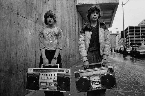 jonasgrossmann:mary ellen mark… white junior an justin, 1983 @ pleasurephoto