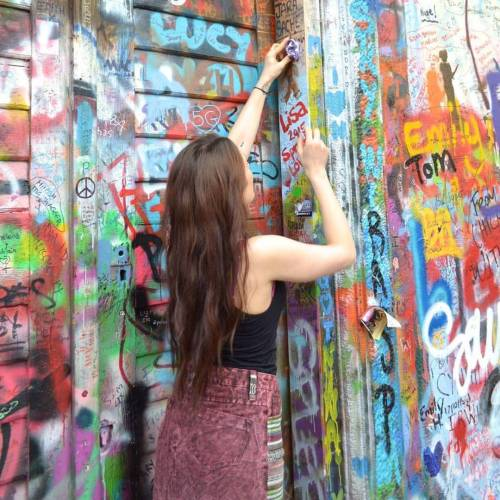 #follow @cosmictraveller_uk our new #graffiti #queen