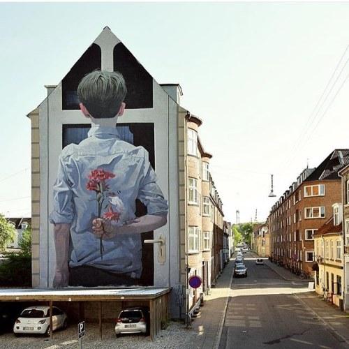 "streetartrats:  🐀 ""Meeting Her Parents""🖌 Artist: Bezt Etam🌐 Location: Aalborg, Denmark📷 Photo: repost - check out @bezt_etam for more amazing murals!•••••••••••••••••••••••••••••••••••••••••• ℹ️ More info at StreetArtRat.com#travel #streetart #street #streetphotography #tflers #sprayart #urban #urbanart #urbanwalls #wall #wallporn #graffitiigers #stencilart #art #graffiti #instagraffiti #instagood #artwork #mural #graffitiporn #photooftheday #streetartistry #pasteup #instagraff #instagrafite #streetarteverywhere #repost http://ift.tt/1qo8lOV"