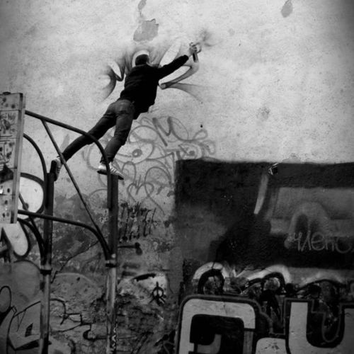 madstylers:  RUBAE@rubae1_______________________#madstylers #graffiti #graff #style #black #ghetto #streets #bombing #powerful #underground http://ift.tt/2eowV0Q
