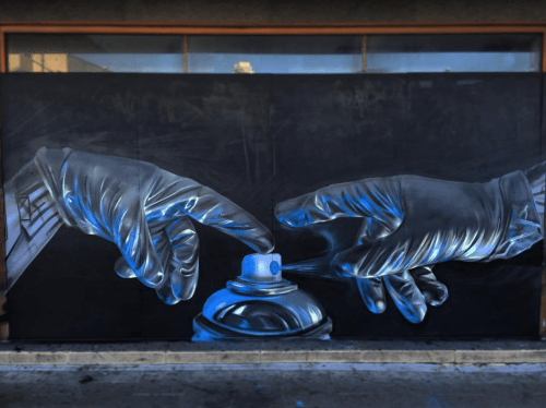 bizarrebeyondbelief:  Hyperrealistic work on the streets of Croydon by mural artist Fanakapan.More here: http://wp.me/p2dpFM-423