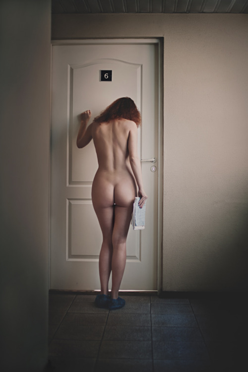 locked out naked daughter caption