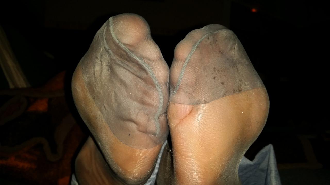 facebook pantyhose feet
