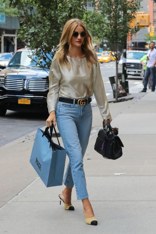celebstylesss: Rosie Huntington-Whiteley spotted in SoHo, New