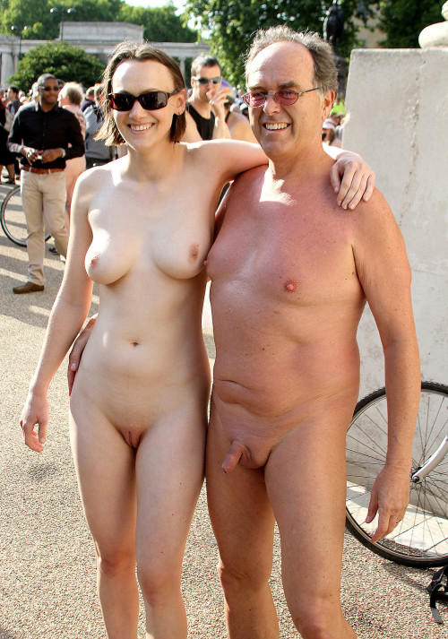 naked couples on beach