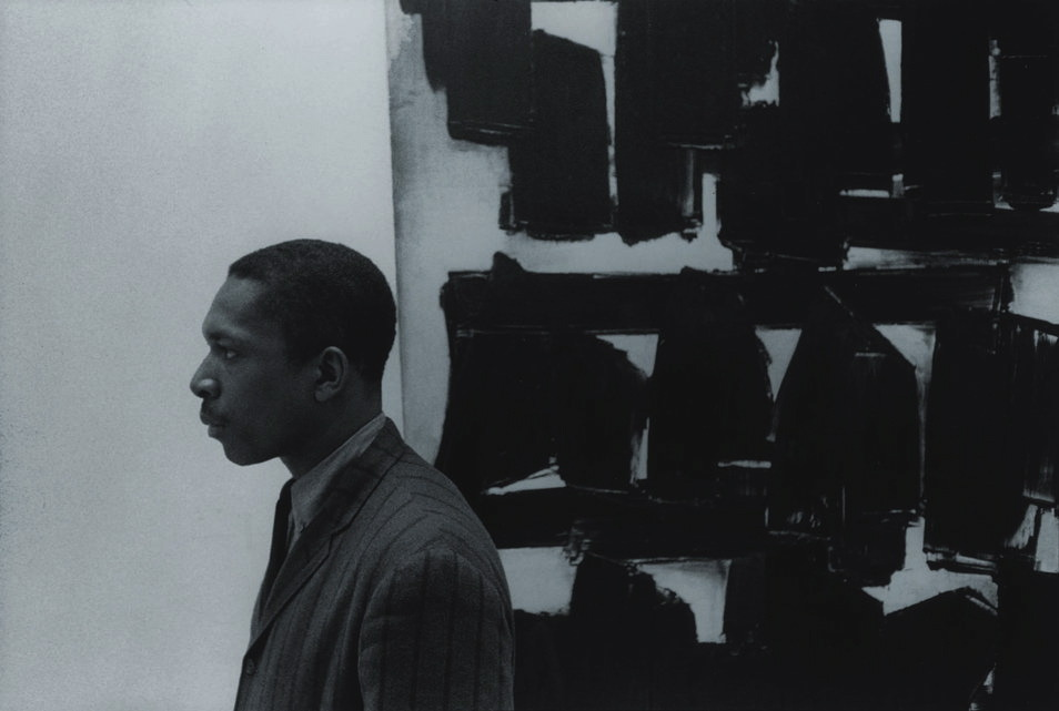 shihlun:magictransistor:William Claxton. John Coltrane at the Guggenheim Museum, NYC. 1960.