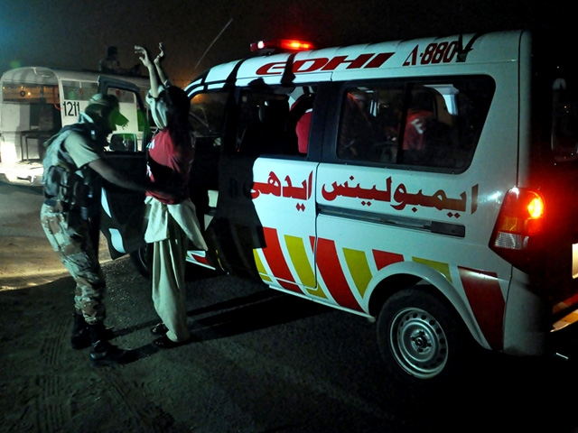 Karachi airport attacked by militants