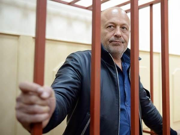 Александр Сабадаш понесет уголовную ответственность за мошенничество