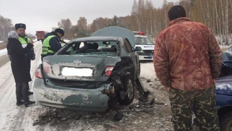 На трассе в пригороде Челябинска произошло массовое ДТП