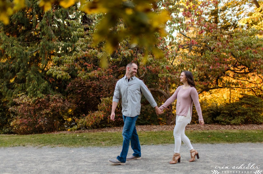 Fall Engagement Session / Seattle Wedding Photographer