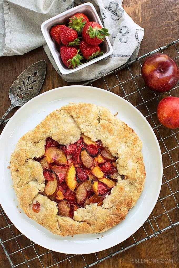 Summer Fruit Galette (vegan, gluten-free) 01