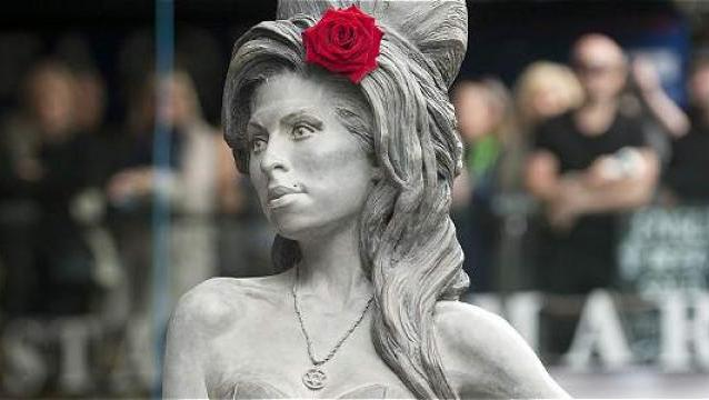 NOTICIAS PAGINA AMY WINEHOUSE