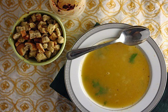 pea-soup-with-croutons.jpg