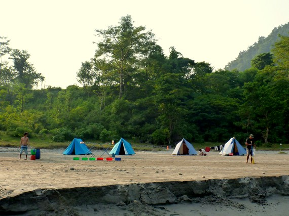 paddle nepal beach camp