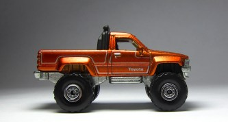 Hot Wheels Cool Classics Toyota Pickup 03